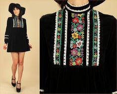 ViNtAgE 60's BLACK VELVET Embroidered Babydoll Mini Dress Dolly Mod by hellhoundvintage