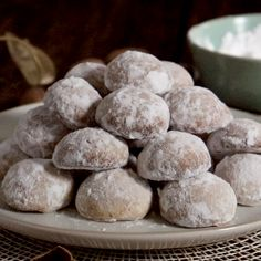 Italian cookie recipes pecans & italienische k Pecan Cookie Recipes, Butter Pecan Cookies, Italian Cookie Recipes, Italian Cookies, Mexican Food Recipes, Sweet Recipes, Walnut Cookies, Köstliche Desserts, Delicious Desserts