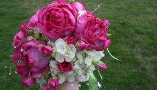 Hot pink David Austin roses, white hydrangea, hot pink spray roses, with rhinestone accents. Wedding Flower Arrangements, Wedding Flowers, Wedding Bouquet, Wedding Stuff, Dream Wedding, Hd Rose, David Austin Rosen, Fuschia Wedding, Rose Flower Wallpaper