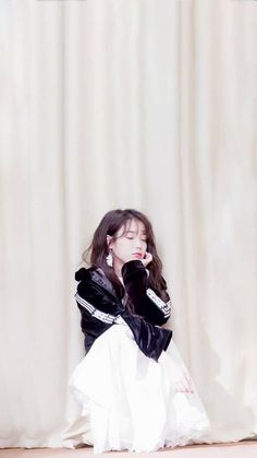 Iu Fashion, Korean Fashion, Meyou, Pretty Much It, Daily Pictures, Queen, Korean Celebrities, Korean Beauty, Korean Singer