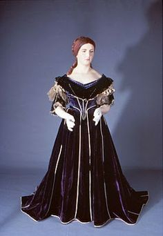 Past Perfect Vintage: A First Lady a Day: 1861, 1865 Just finished the novel Mrs. Lincoln's dressmaker.
