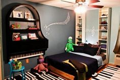 Recycled Piano Shelving Ideas