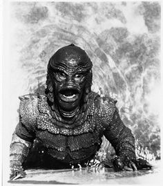 photo Creature from the Black Lagoon sci-fi film Revenge of the Creature Lake Monsters, Horror Monsters, Scary Monsters, Famous Monsters, Best Horror Movies, Classic Horror Movies, Scary Movies, Classic Films, Classic Monster Movies