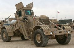 Husky Mine Clearance Vehicule (US Origin)Have never seen this truck before by dennis desmarais Us Marines, Bug Out Vehicle, Armored Fighting Vehicle, Military Equipment, Armored Vehicles, War Machine, Big Trucks, Military Vehicles, Husky