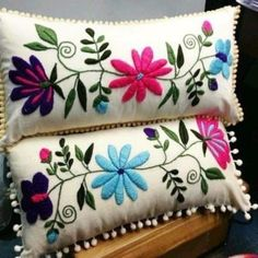 Marvelous Crewel Embroidery Long Short Soft Shading In Colors Ideas. Enchanting Crewel Embroidery Long Short Soft Shading In Colors Ideas. Cushion Embroidery, Crewel Embroidery Kits, Learn Embroidery, Hand Embroidery Patterns, Quilt Patterns, Diy Broderie, Mexican Embroidery, Wool Applique, Decorative Pillows
