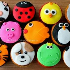 15 Super Ideas for cupcakes versieren dieren Cupcake Tier, Cupcake Day, Kid Cupcakes, Animal Cupcakes, Fondant Cupcake Toppers, Cupcake Heaven, Cupcake Cookies, Panda Cupcakes, Fancy Cakes