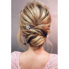 12 Amazing Updo Ideas for Women with Short Hair prom hair updo easy fancy hairstyles curly updo hairstyles pin up hairstyles easy updos for medium length hair half updo simple updos for short hair bridesmaid updos Updos For Medium Length Hair, Long Hair Cuts, Medium Hair Styles, Short Hair Styles, Braid Styles, How To Updo For Medium Hair, Prom Hair Medium, Half Updo Hairstyles, Best Wedding Hairstyles
