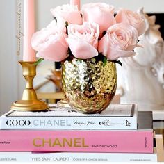 Glam coffee table or shelf accents