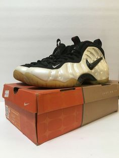 the best attitude 71b8b 000d8 Nike Air Foamposite Pro 2002 White Black-True Red 624041-101 Size 8