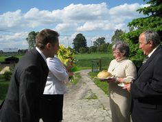 Polish Wedding Traditions - Bread and Salt. I've done this many times in many ways with couples who have eastern european backgrounds.