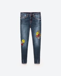 Image 8 of MID-RISE JEANS WITH FLORAL EMBROIDERY from Zara