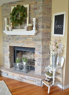 21 Must-See Rustic Farmhouse Spring Decor Ideas – One Hundred Affection - Farmhouse Decor Country Farmhouse Decor, Farmhouse Design, Rustic Decor, Farmhouse Style, Modern Farmhouse, Farmhouse Ideas, Vintage Farmhouse, Tuscan Decorating, Decorating Your Home