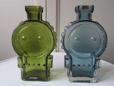 Busy Lizzie . Helena Tynell Coloured Glass, Retro, Finland, Scandinavian, Glass Art, Sculptures, Cottage, Design, Inspiration
