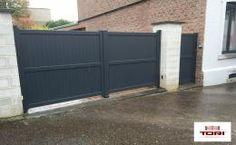 TORI Portails | Votre spécialiste en portails aluminium, acier, bois et PVC. Grand choix de portails, portillons et motorisations de portails.