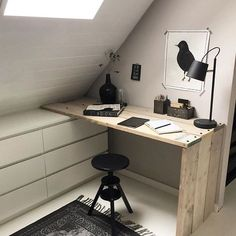 Jugendzimmer Dekor Youth room decor youth room decor The post youth room decor appeared first on storage ideas. Attic Renovation, Attic Remodel, Attic Bedrooms, Attic Bedroom Decor, Nursery Decor, Attic Playroom, Bedroom Windows, Bedroom Storage, Attic Office