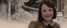 Chronicles of Narnia Lucy - Bing images Narnia Lucy, Anna Popplewell, Lucy Pevensie, Georgie Henley, The Valiant, Child Face, Chronicles Of Narnia, I Love Reading, Jessica Alba