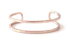 31 Bracelets We're Dying To Own NOW #refinery29  http://www.refinery29.com/67419#slide1