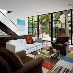 Cow Hollow Residence by Larson Shores Architects  #homeadore #livingroom #sofa #interior #interiors #interiordesign #interiordesigns #residence #villa #home #casa #property #villa #maison #sanfrancisco #california #unitedstates #usa #larsonshoresarchitects
