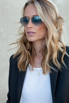 New hairstyles for medium length hair with glasses ray bans 55 Ideas Good Hair Day, Love Hair, Great Hair, My Hairstyle, Pretty Hairstyles, Cut And Color, Cut And Style, Haircuts For Women, Estilo Tropical
