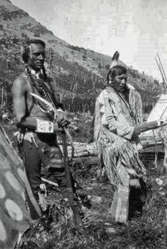 Blackfeet/Blackfoot Historical Photos, Blackfeet/Blackfoot men, names and date unknown.