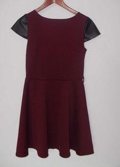 Kup mój przedmiot na #vintedpl http://www.vinted.pl/damska-odziez/krotkie-sukienki/10372107-bordowa-sukienka-skorzane-wstawki-rekawy