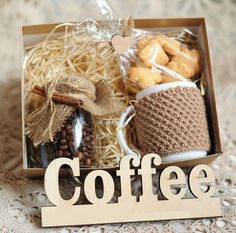 Coffee Gift Ideas For Her Coffee Gifts For Women Basket . Coffee Gift Ideas For Her Coffee Gifts For Women Basket … Coffee Gift Ide Christmas Gift Box, Craft Gifts, Diy Gifts, Holiday Gifts, Friend Birthday Gifts, Diy Birthday, Gifts For Friends, Coffee Box, Coffee Gifts