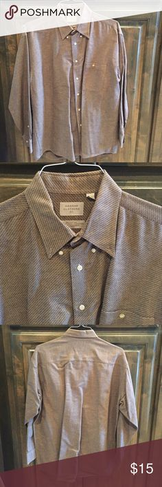 Haggar Clothing Co Button Down Shirt Men 16 16 1/2 Haggar Clothing Co. Button Down Shirt for men- size 16-161/2- subtle herringbone pattern in browns/tans- 100% cotton- bought brand new for $45! Haggar Shirts Casual Button Down Shirts