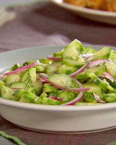 Cucumber, Red Onion, and Dill Salad - sub sugar for stevia to Slenderiiz this recipe