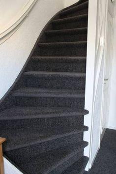 Wat een prachtige trap met vloerbedekking van Bebo!