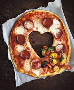 Chorizopizza ja tomaattisalsa - Liharuuat - Reseptit - Helsingin Sanomat
