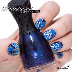 Un petit nail art tout de bleu vêtu inspiré de The Nailasaurus avec un sublime bleu de chez Nfu Oh en guest star :-D http://www.cakoapaillettes.fr/blog/the-nailasaurus-inspiration/ http://www.cakoapaillettes.fr/vernis-nfu-oh/53-vernis-a-ongles-nfu-oh-cream-pearl-glitter-118.html