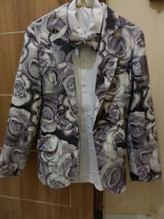 Blazer rose flower grey