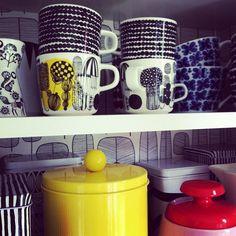 Marimekko Räsymatto and Siirtolapuutarha coffee cups