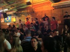 Traço de União (via Márcia Doria).     Você gosta de samba? Visite o Traço de Traço de União (rua Cláudio Soares, 73, Pinheiros, SP, 11 3031-8065)  http://www.tracodeuniao.com.br