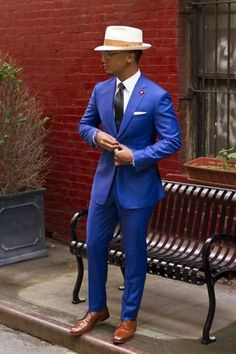 Could I pull this off and not look gay? Lol. Sharp though!