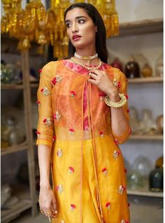 in - Abrbandi lehenga and saree Hyderabad Ethnic Outfits, Indian Outfits, Stylish Outfits, Indian Clothes, Designer Anarkali Dresses, Designer Dresses, Designer Wear, Lehenga Style, Desi Wear