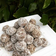 At a Pinch: Guilt-free Treats Carrot bliss balls Egg Free Recipes, Bliss Balls, Guilt Free, Free Food, Dairy Free, Carrots, Sweet Treats, Good Food, Snacks