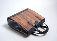 Эксклюзивная деревянная сумка First Cara | Деревянные очки и аксессуары COOB&Nautilus Wooden Purse, Nautilus, Purses, Wallet, Glasses, Bags, Accessories, Egg As Food, Handbags