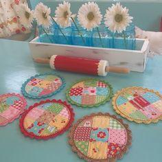 """Bee In My Bonnet: Crochet Edging Tutorial - 6"""" Round Pot Holders!"""