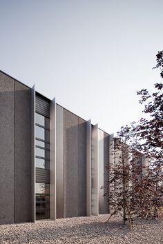 GEZA Gri e Zucchi Architetti Associati   Pratic Headquarters