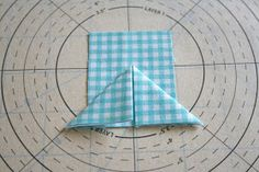 lovely little handmades: a folded star tutorial! I'd like to try this sometime...