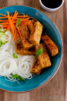 Teriyaki tofu noodle bowl. Made this for dinner last night (23 June 2011) - FANTASTIC. Loved the sauce. Would probably double it next time to have more leftover for dipping the noodles in. Browning the tofu is the key. Really delicious tasting.