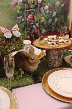 loving the table settings and decor at this woodland bridal shower see more party ideas