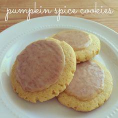 Lofthouse Copycat Pumpkin Spice Cookies