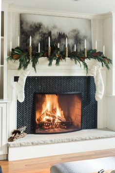 Christmas Fireplace Decoration Ideas #christmasfireplace