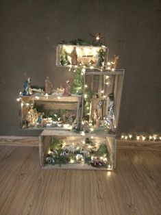 Christmas nativity scene using wooden crates and LED lights Weihnachtskrippe mit. - Christmas nativity scene using wooden crates and LED lights Weihnachtskrippe mit Holzkisten und LED - Diy Christmas Decorations Easy, Christmas Crafts For Kids, Simple Christmas, Christmas Diy, Christmas Ornaments, Christmas Bells, Christmas Printables, Homemade Christmas, Christmas Village Display