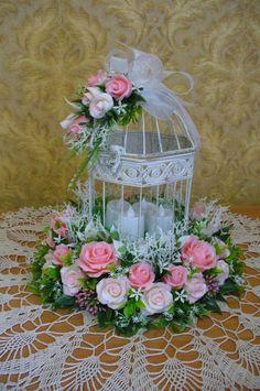 Wedding decor,wedding birdcage,LED candels - Weddings: Dresses, Engagement Rings, and Ideas Bird Cage Centerpiece, Floral Centerpieces, Wedding Centerpieces, Floral Arrangements, Wedding Decorations, Decor Wedding, Wedding Ceremony, Floral Decorations, Table Arrangements