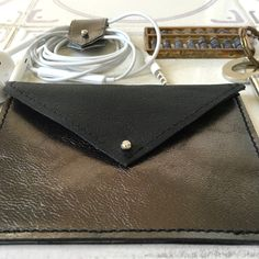 Our leather card holders work with contactless cards, no need to remove from holder providing there's only one contactless card inside, other cards won't affect it.