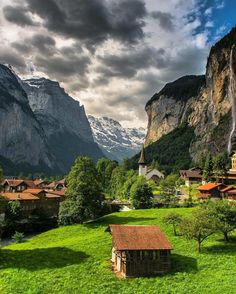 Lauterbrunnen, Switzerland Photography by . Best All Inclusive Honeymoon, Honeymoon Destinations, Switzerland Vacation, Destination Voyage, Places To See, Cool Pictures, Beautiful Places, Wonderful Places, Scenery