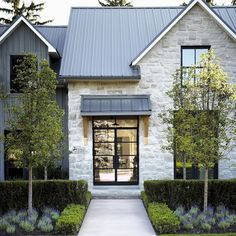 90 incredible modern farmhouse exterior design ideas (41)